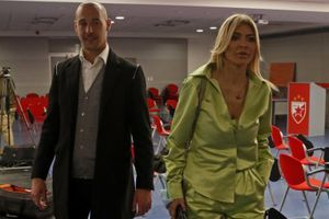 OSVANULA EMOTIVNA PORUKA KAPITENA ZVEZDE: Porodica Borjan danas slavi - ljubavi, hvala ti... (FOTO)