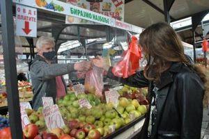 Cigarete imaju više vitamina od njega: Ovo košta 160 dinara u Srbiji i zovu ga paradajz (FOTO)