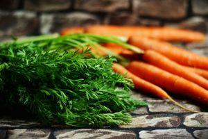 Jedna šargarepa dnevno može sprečiti brojne bolesti: Zašto i kada treba da je jedete