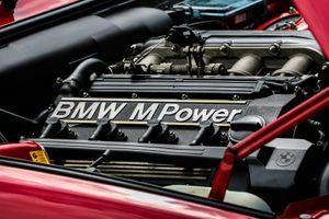 BMW ipak odustaje od benzinaca i dizelaša?