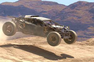 Ova opaka mašina koje se ni Pobesneli Maks ne bi postideo nekada je bila Lamborghini Huracan